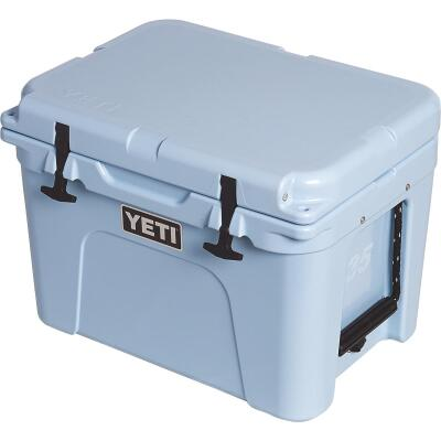 Yeti Tundra 35, 21-Can Cooler, Ice Blue